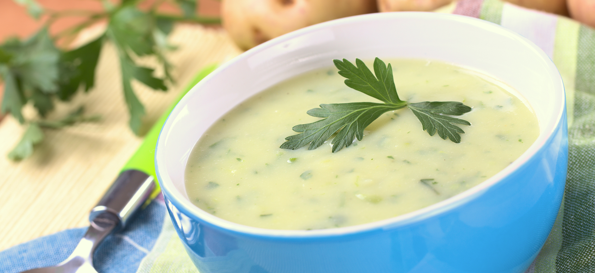 Kartoffel-Kraeutersuppe